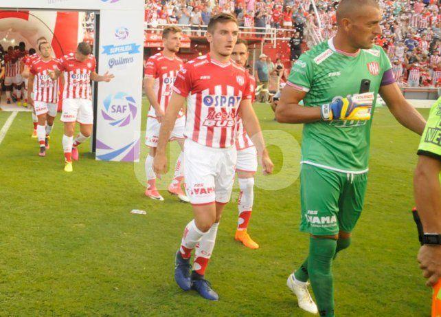 Vélez vendría a la carga por Mauro Pittón