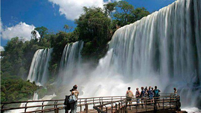 Vacaciones de invierno: Iguazú destronó a Chile como el destino más buscado por los argentinos