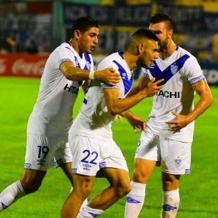 velez enfrenta a central cordoba de santiago en la continuidad de la copa argentina
