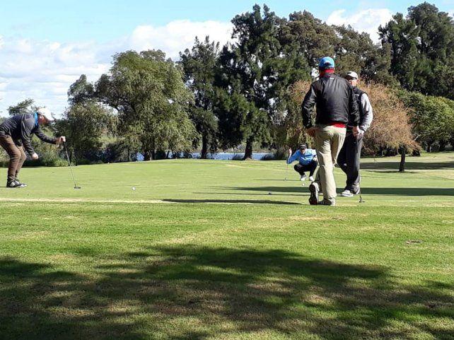 Intensa actividad golfística en la zona