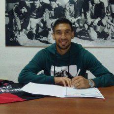 Marcelo Estigarribia renovó su contrato con Colón