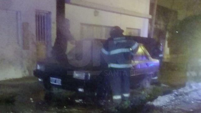 Incendiaron otro vehículo, esta vez en Bº Transporte