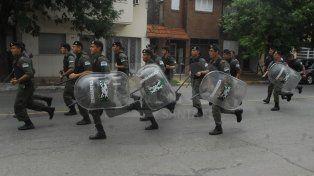 Acción. La fuerza federal patrulló distintas partes de la ciudad tras la no prestación del servicio por parte de la policía provincial.