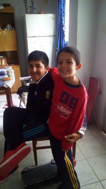 Estos dos hermanitos también se sumaron.