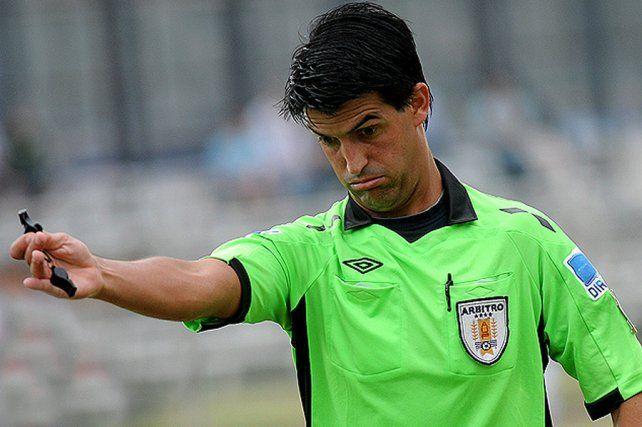 Un árbitro uruguayo para el partido de ida entre San Pablo y Colón
