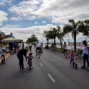 calle recreativa: una invitacion para disfrutar la costanera oeste en bici o caminando