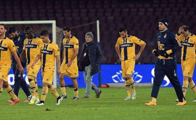 Parma jugará la Serie A de Italia pero con una sanción