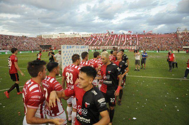 Unión y Colón debutan el mismo día en la Superliga