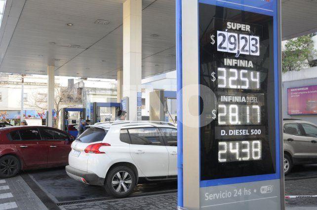 Alberto Boz: Para equiparar los precios, el incremento (de naftas) debería rondar el 20%