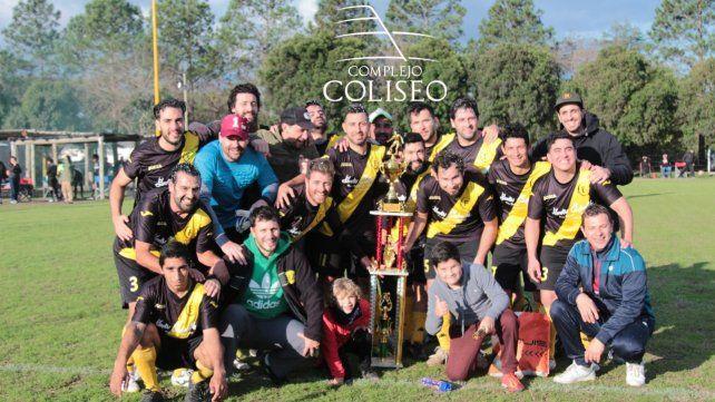 La Liga Coliseo coronó a sus nuevos campeones