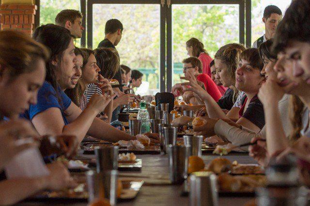 Nueva convocatoria para las becas de Comedor Universitario