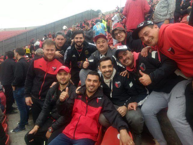 Así ingresaron los hinchas de Colón al emblemático estadio de San Pablo
