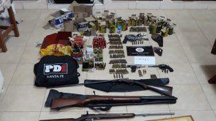 Secuestraron un arsenal en una vivienda de Santo Tomé