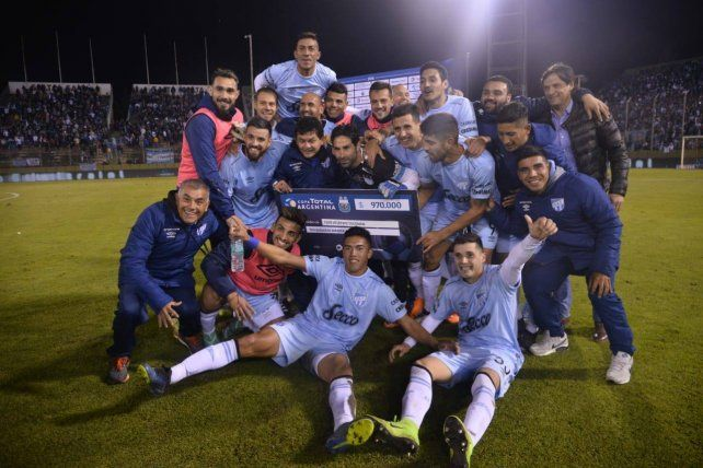 Atlético Tucumán eliminó a Huracán