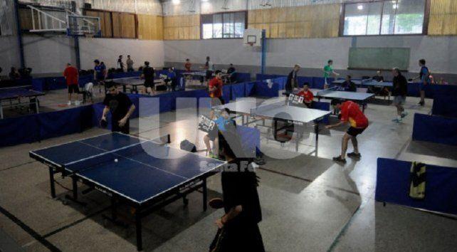 Sargento Cabral recibe a la 8ª fecha de la Liga Dos Orillas de tenis de mesa
