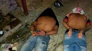 Robaron un súper en barrio Brigadier López y los atraparon