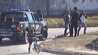 VIDEO: Lo detuvieron cuando circulaba en la bici que acababa de robar