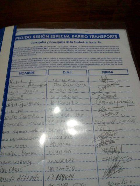 Se juntaron más de 1300 firmas para respaldar el pedido.