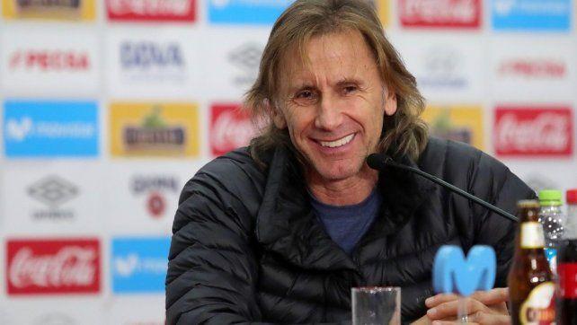 Gareca acordó su continuidad al frente de la Selección de Perú
