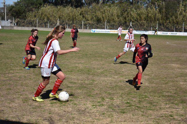 Unión se dio un gran gusto ante Colón en el Fútbol Femenino