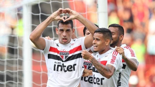 ¡Llega afiladísimo! San Pablo ganó en Recife y se consolidó en la punta del Brasileirao