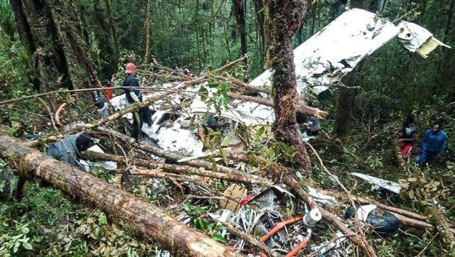 Indonesia: se estrelló un avión y un nene de 12 años es el único sobreviviente