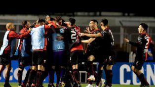 Colón busca cerrar la serie en casa ante San Pablo para seguir soñando en la Sudamericana