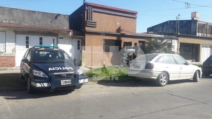 Lavalle al 6900. Allí, esta mañana, un grupo de agentes de la Federal irrumpieron en la vivienda del hombre investigado.