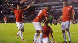 Después de ganar otra Copa, Independiente debuta en Rosario