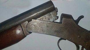 Detuvieron a tres hombres con un arma cargada en Blas Parera