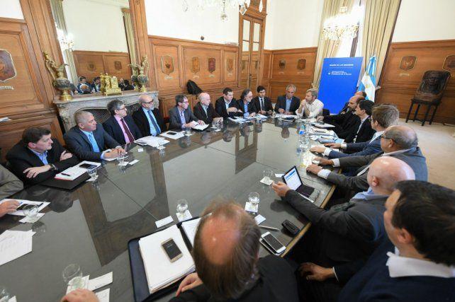Frigerio presidió la reunión con ministros de economía de las provincias. Foto: gentileza Ministerio del Interior.