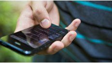 Anunciarán la eliminación del roaming al viajar entre países del Mercosur.