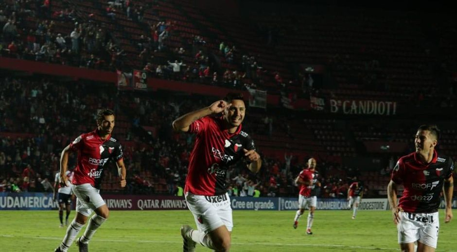 Tomás Sandoval lleva jugador 24 partidos y marcó seis goles. ¿Tendrá chances con Eduardo Domínguez?