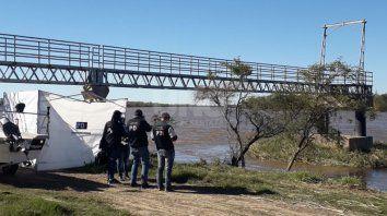 el chico de 14 anos hallado en el rio colastine fue asesinado