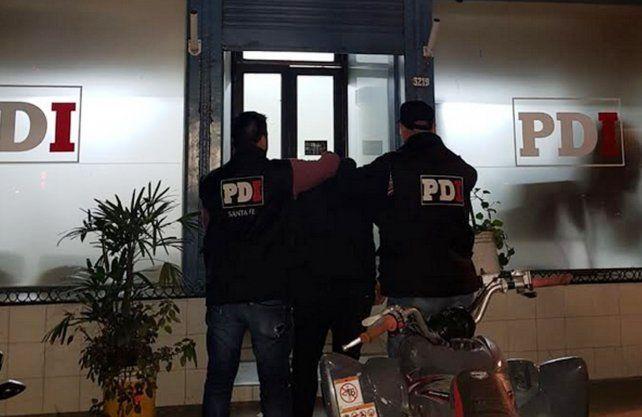 El hombre detenido por las estafas.