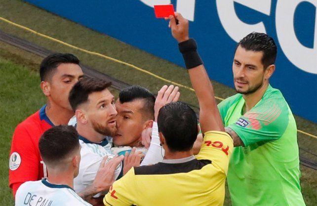 Argentina superó a Chile en un duelo de alto voltaje y alcanzó el 3º puesto