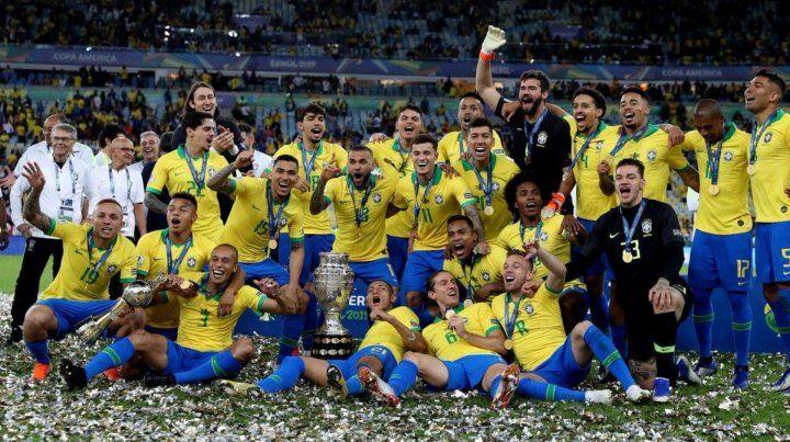 Brasil le ganó 3-1 a Perú y se consagró campeón de la Copa América