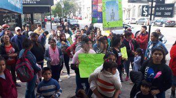 Marcha vecinal en pedido de justicia por Diego Román