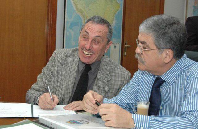Obeid y De Vido en la firma del Convenio por el puente Santa Fe-Santo Tomé