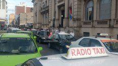 en el dia clave de la cumbre, taxistas cortaran el transito