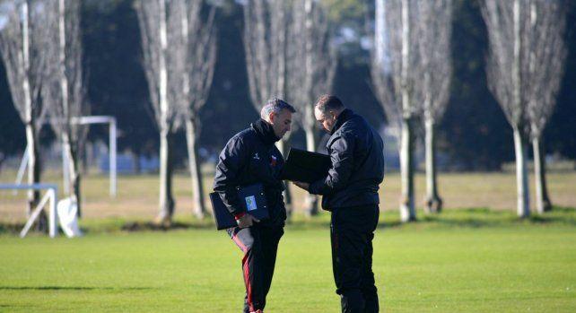 Los 22 futbolistas que eligió Lavallén para dar vuelta la historia