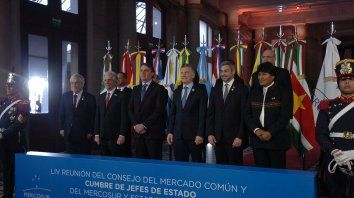 Cumbre. Los líderes de la región posaron para la foto en la Estación Belgrano