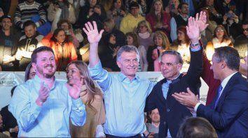 Angelini, García, Macri y Pichetto al finalizar el acto.