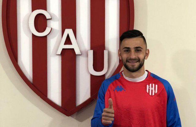 Jalil Elías firmó su contrato y ya es oficialmente jugador de Unión