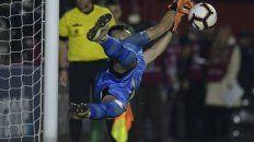 Burián, que fue héroe ante Morón (Copa Argentina) y San Pablo, volvió a hacerlo en la Sudamericana.