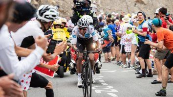 un colombiano se adjudico el tour de francia