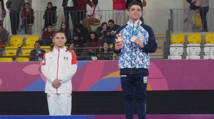 Federico Molinari se subió al podio de Lima 2019 en anillas