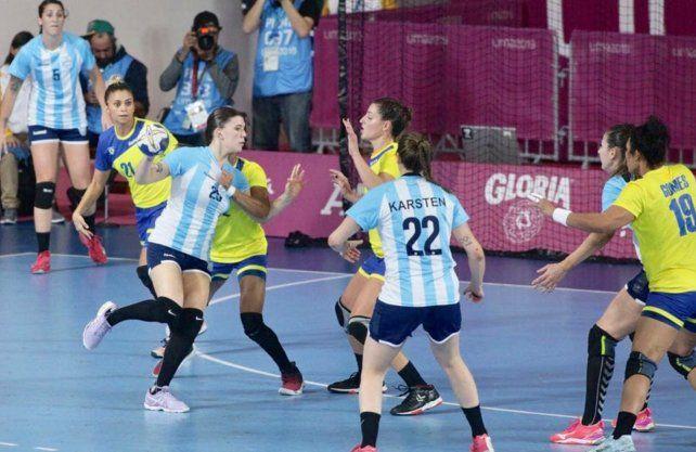 El conjunto femenino de handball cayó ante Brasil 30 a 21.