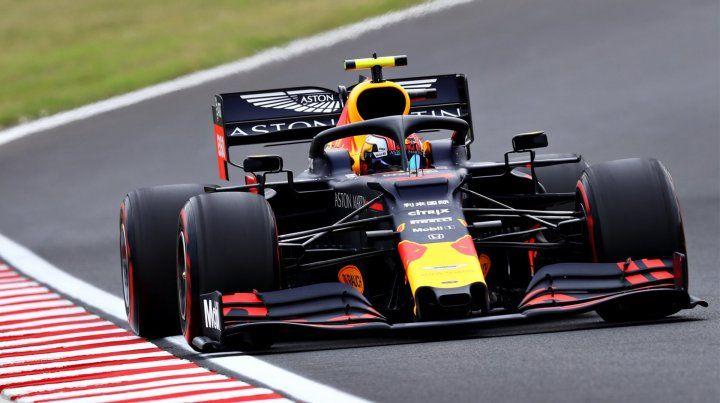 Red Bull dominó el segundo ensayo en Hungaroring