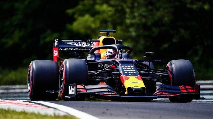 Verstappen logró la pole para el GP de Hungría con récord incluido